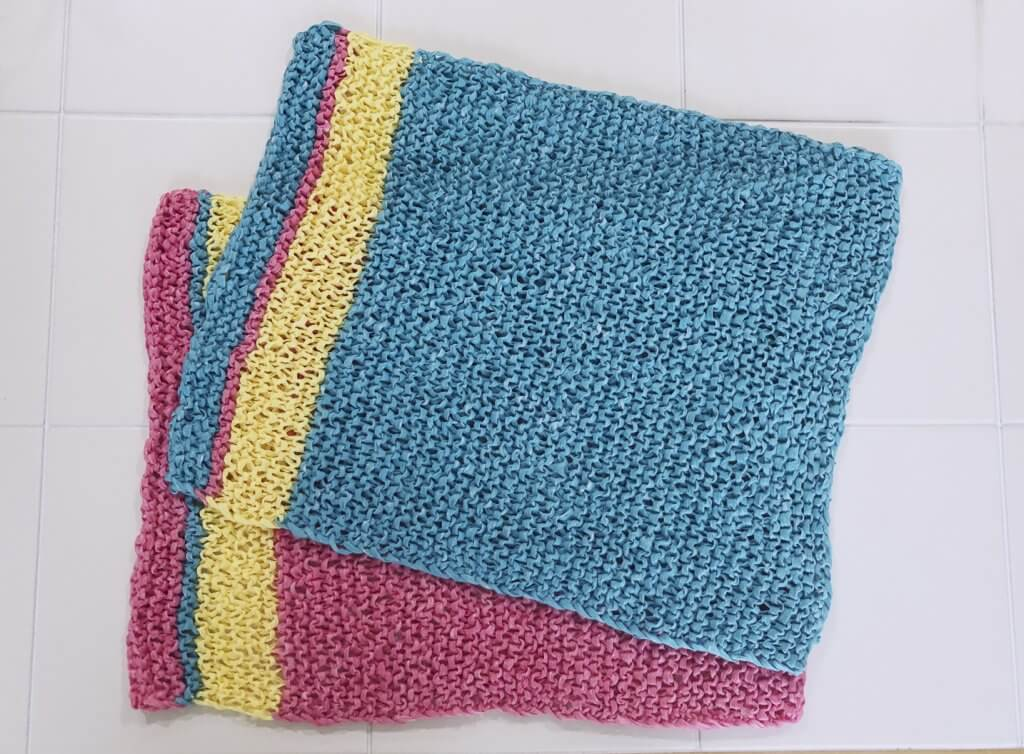 Easy Summer Placemats Free Knitting Pattern designed by Edie Eckman