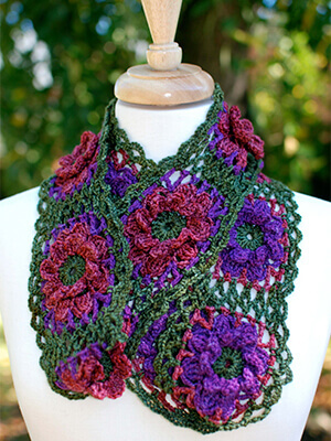 Fall Flowers Cowl Crochet Pattern by Edie Eckman