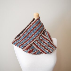3 Carolina Cowls stacked on mannequin