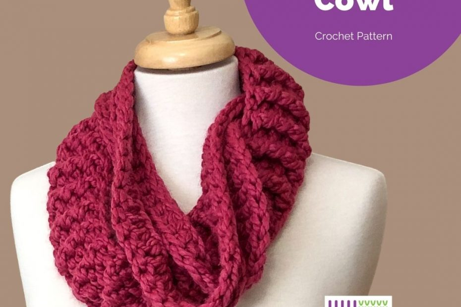 chunky pink cowl on mannequin-Tate Creek Cowl